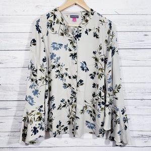 NWT Vince Camuto Floral Button down blouse!
